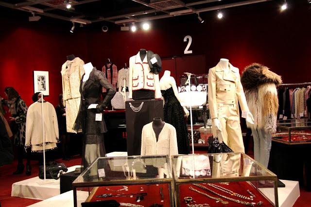 Camille et les garçons Vente Chanel Vintage à Drouot, Paris 1