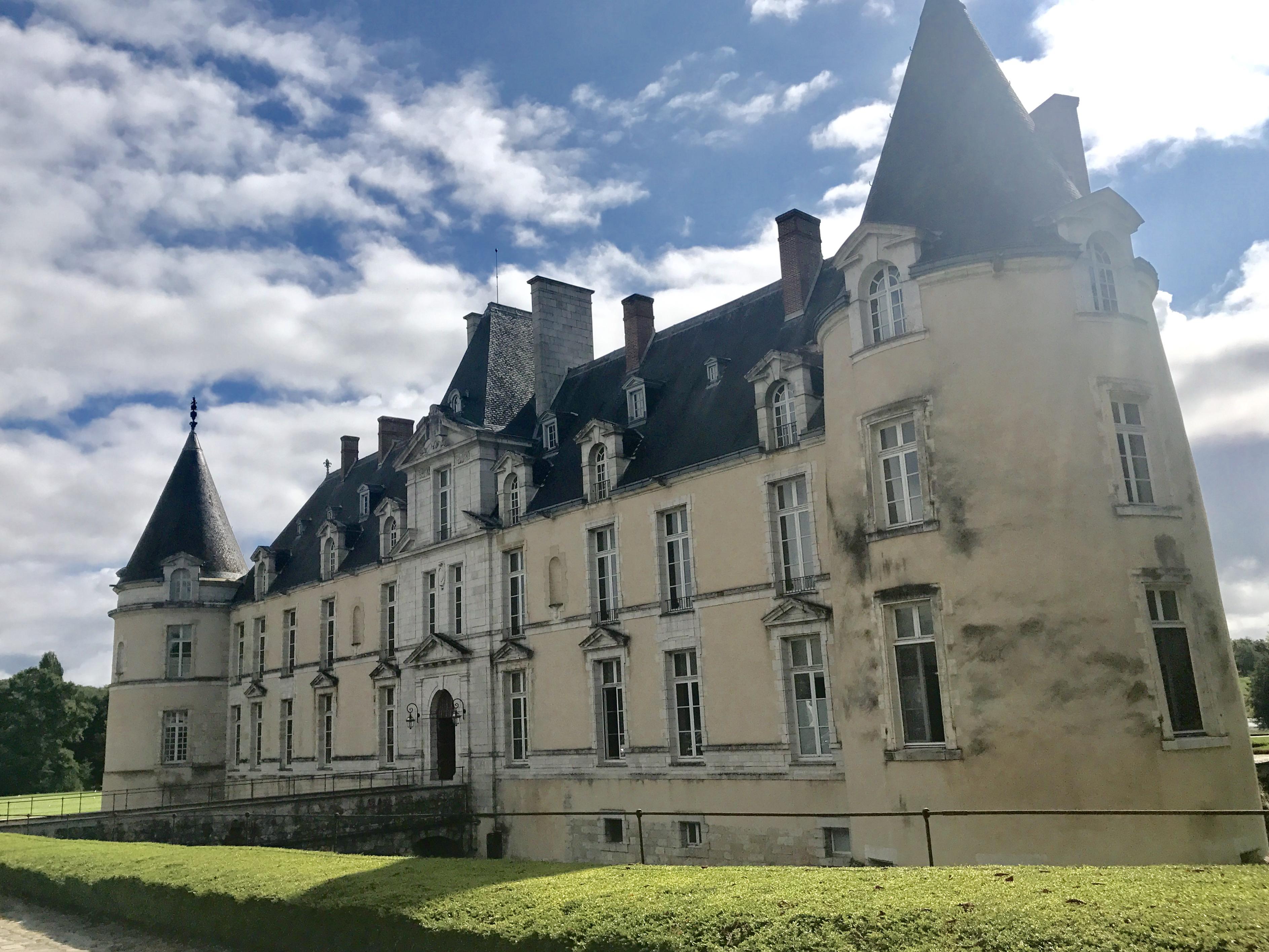 Camille et les garçons Château d'Aurgeville 1