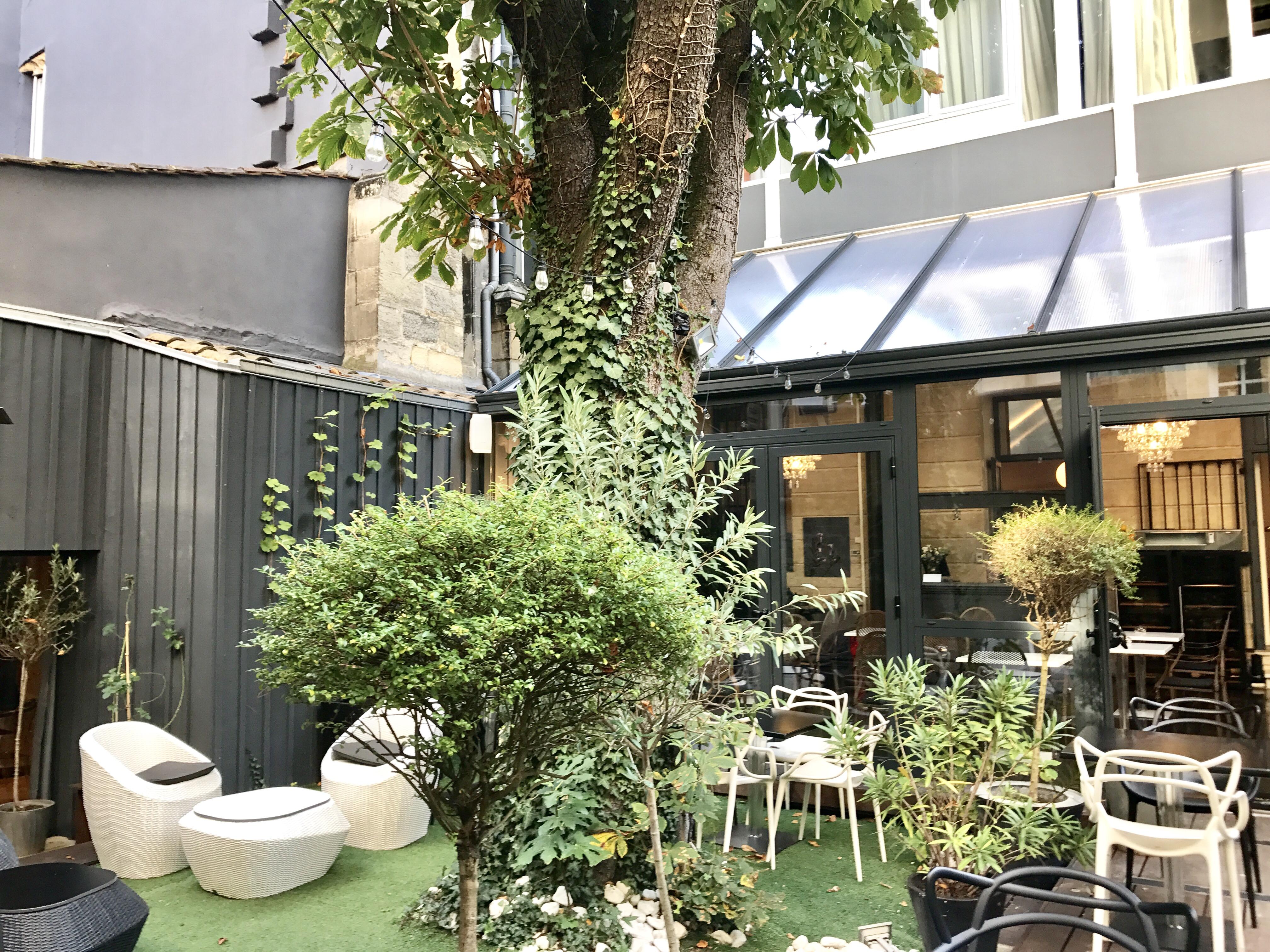 Le boutique hôtel Bordeaux, blog mode, camille benaroche, blog beauté, lifestyle, travels, mode, streetstyle, blog mode paris