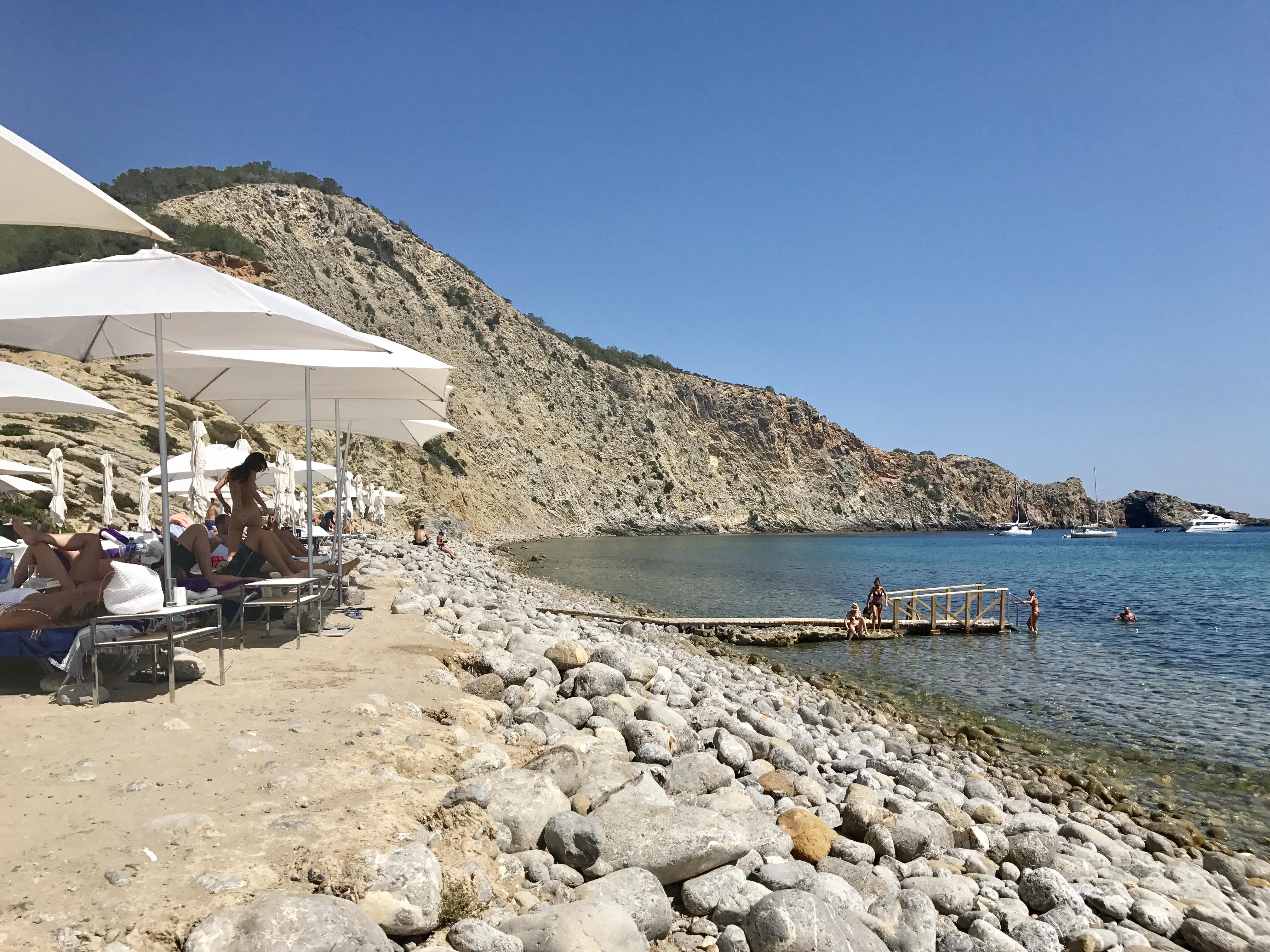 Camille et les garçons SIMBA in Ibiza 1
